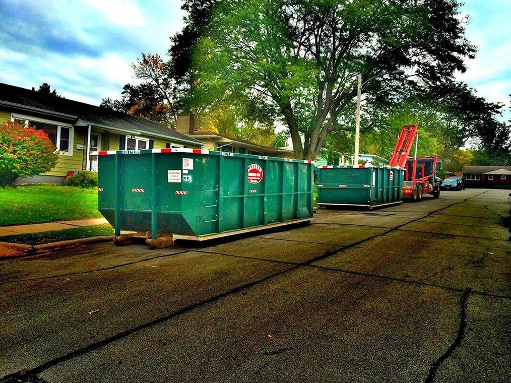 Commercial Dumpster rental services-Greensboro Dumpster Rental & Junk Removal Services-We Offer Residential and Commercial Dumpster Removal Services, Portable Toilet Services, Dumpster Rentals, Bulk Trash, Demolition Removal, Junk Hauling, Rubbish Removal, Waste Containers, Debris Removal, 20 & 30 Yard Container Rentals, and much more!