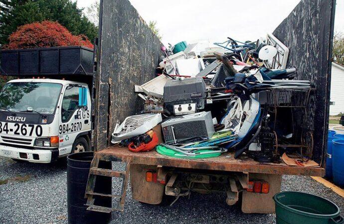 Junk Hauling-Greensboro Dumpster Rental & Junk Removal Services-We Offer Residential and Commercial Dumpster Removal Services, Portable Toilet Services, Dumpster Rentals, Bulk Trash, Demolition Removal, Junk Hauling, Rubbish Removal, Waste Containers, Debris Removal, 20 & 30 Yard Container Rentals, and much more!