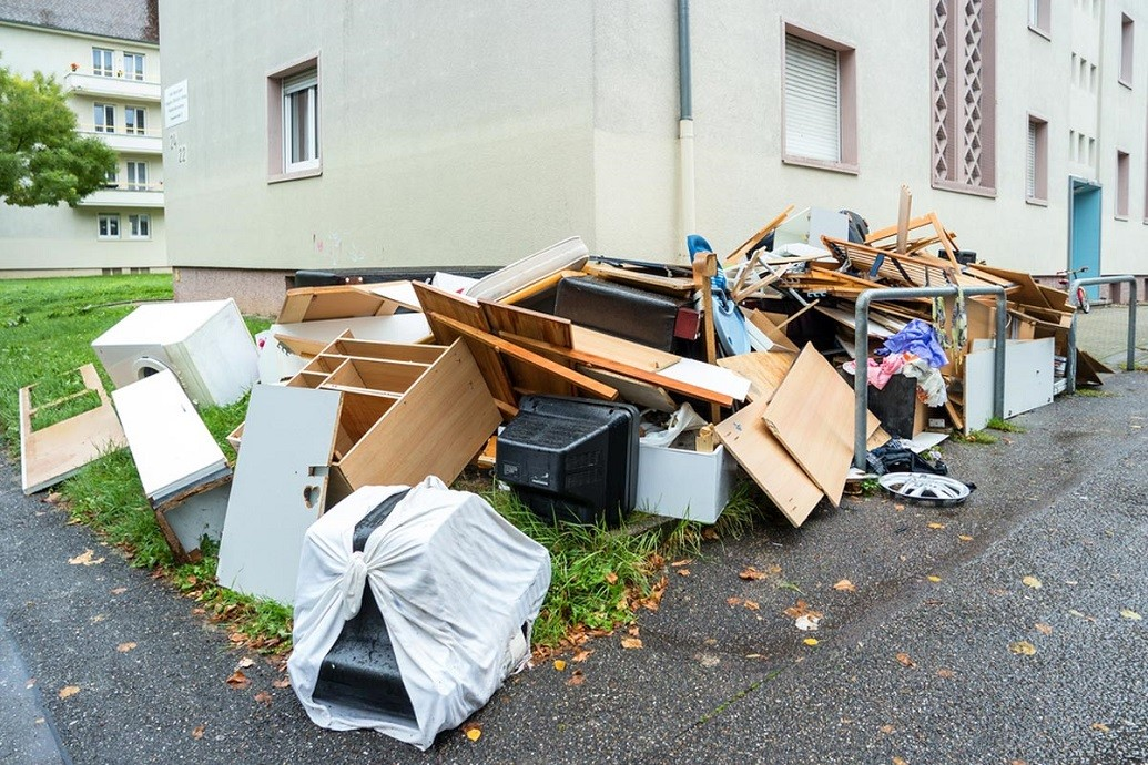 Junk removal-Greensboro Dumpster Rental & Junk Removal Services-We Offer Residential and Commercial Dumpster Removal Services, Portable Toilet Services, Dumpster Rentals, Bulk Trash, Demolition Removal, Junk Hauling, Rubbish Removal, Waste Containers, Debris Removal, 20 & 30 Yard Container Rentals, and much more!