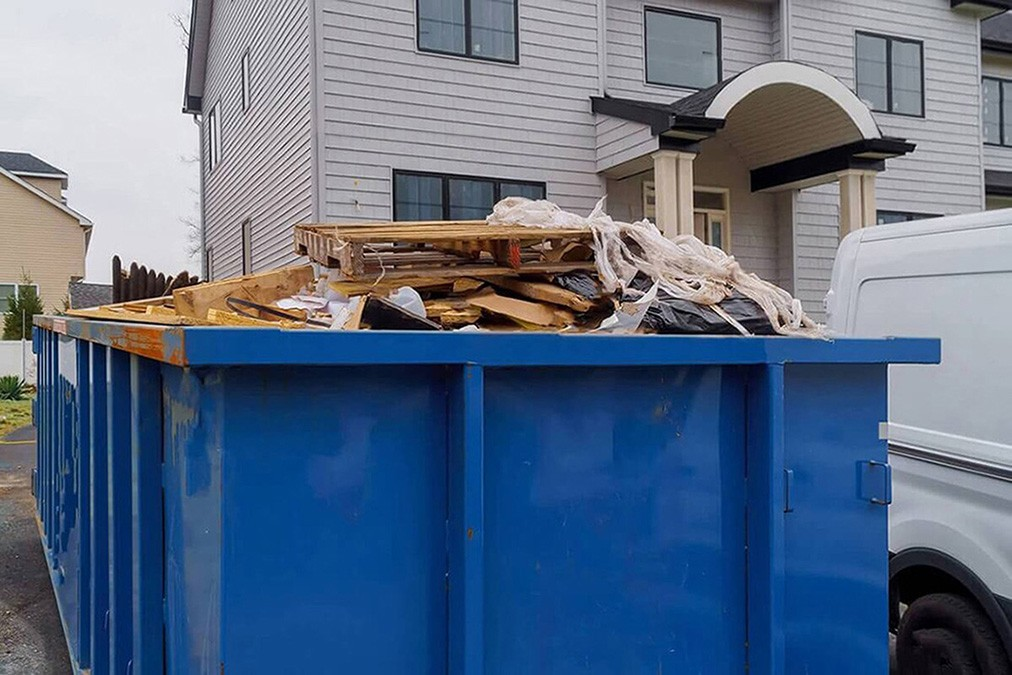 Services-Greensboro Dumpster Rental & Junk Removal Services-We Offer Residential and Commercial Dumpster Removal Services, Portable Toilet Services, Dumpster Rentals, Bulk Trash, Demolition Removal, Junk Hauling, Rubbish Removal, Waste Containers, Debris Removal, 20 & 30 Yard Container Rentals, and much more!