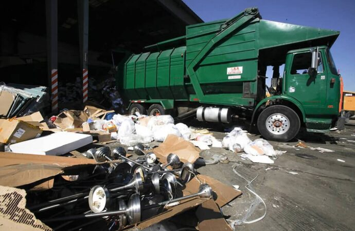 Trash Hauling-Greensboro Dumpster Rental & Junk Removal Services-We Offer Residential and Commercial Dumpster Removal Services, Portable Toilet Services, Dumpster Rentals, Bulk Trash, Demolition Removal, Junk Hauling, Rubbish Removal, Waste Containers, Debris Removal, 20 & 30 Yard Container Rentals, and much more!